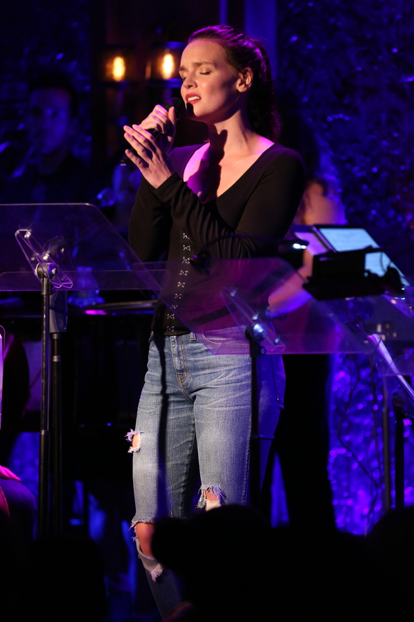 """Jennifer Damiano sings """"Everything In Time�"""