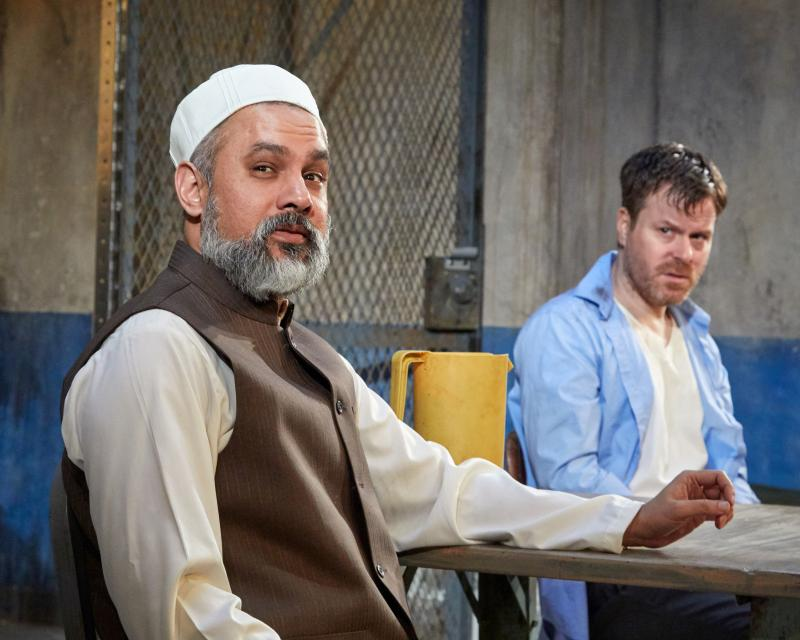 BWW Review: THE INVISIBLE HAND at TheaterWorks