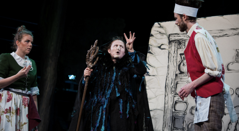 BWW Review: INTO THE WOODS at Chateau Neuf, Oslo