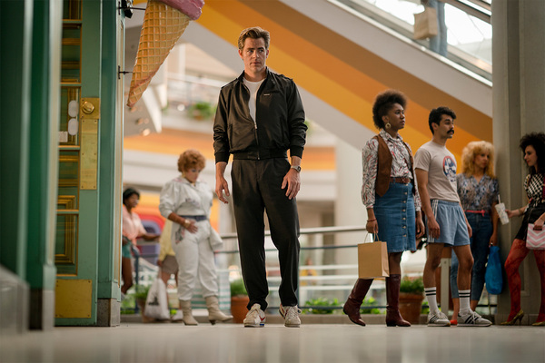 Photo Flash: Steve Trevor is Back! Check Out All-New Images from WONDER WOMAN 1984