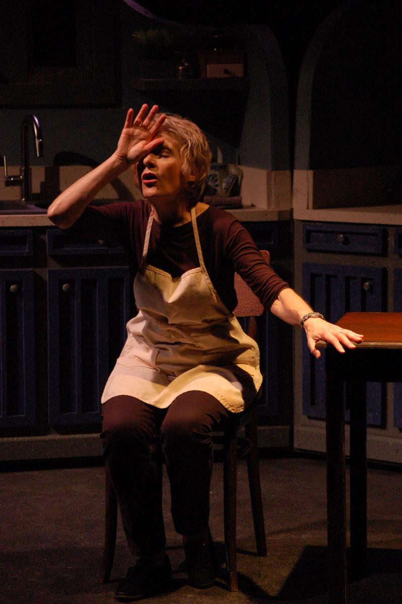 BWW Review:  SHIRLEY VALENTINE Takes a Hilarious Leap into the Unknown at Terrific New Theatre