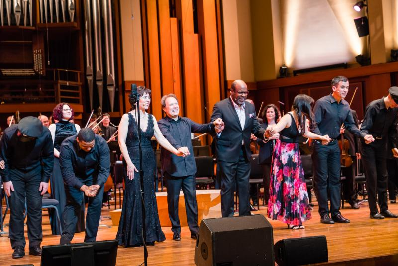 BWW Review: Seattle Symphony Celebrates Centenary with Bernstein Extravaganza