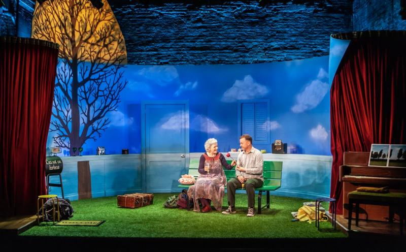 BWW Review:  Angelina Fiordellisi and Michael O'Keefe Are Charming As Older Leftists in Charles Mee's FIRST LOVE