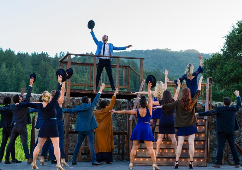 BWW Review: Transcendence Theatre's 'Broadway Under the Stars' Triumphantly Climbs the 'Stairway to Paradise'