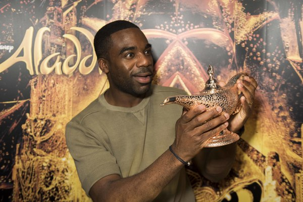 Photo Flash: ALADDIN Celebrates Two Years on the West End