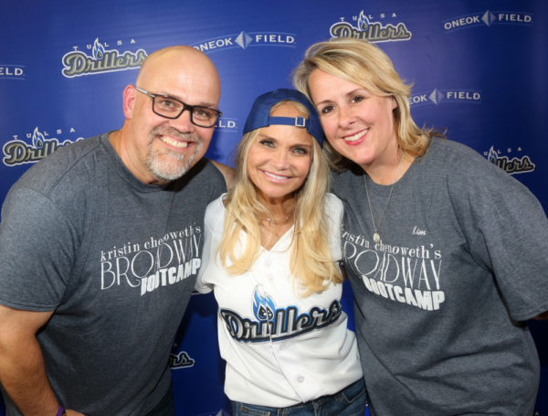 Mark Frie, Kristin Chenoweth, and Kim Vento.
