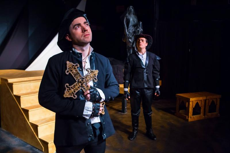 BWW Review: Theatrics and Comedy are Alive in 'ROSENCRANTZ AND GUILDENSTERN ARE DEAD' at Theatre Downtown