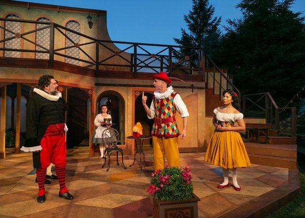 Jay Leibowitz as Pantalone de Bisognosi, James Michael Reilly as Truffaldino, and Aurea Tomeski as Smeraldina.