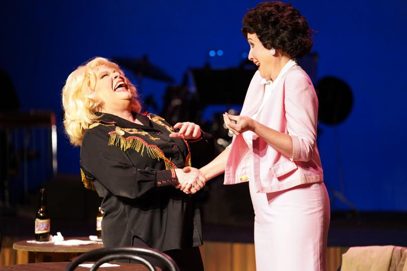 BWW Review: ALWAYS PATSY CLINE at Riverside Center For The Performing Arts Soars!
