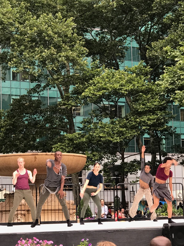 BWW Review: BRYANT PARK CONTEMPORARY DANCE PROGRAM at Bryant Park