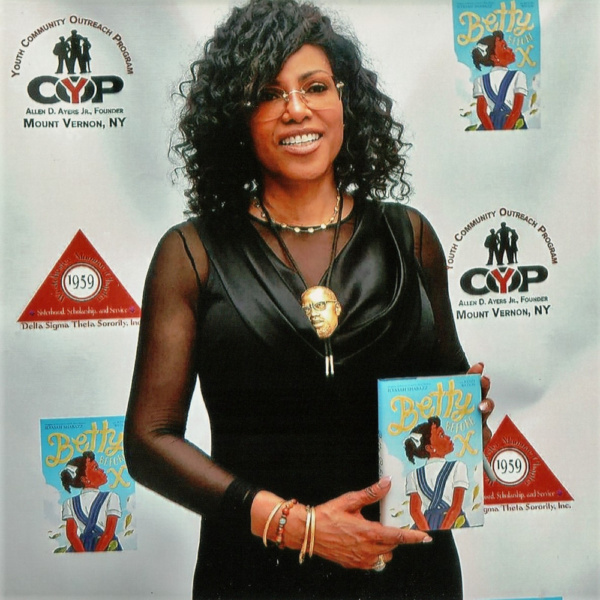 Ilyasah Shabazz, the third daughter of Malcolm X and Dr Betty Shabazz promoted her re Photo