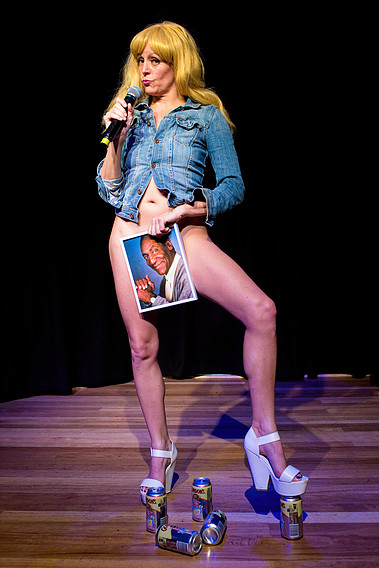 BWW Review: Adrienne Truscott Plays Both Comedian and Performance Artist in ADRIENNE TRUSCOTT'S A ONE TRICK PONY
