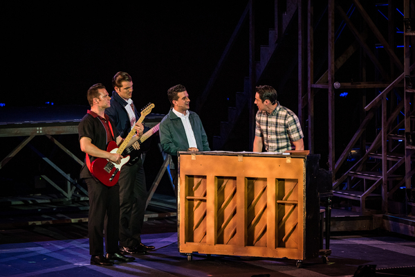 Review Roundup: Mark Ballas, Bobby Conte Thornton and More Star in JERSEY BOYS at the Muny