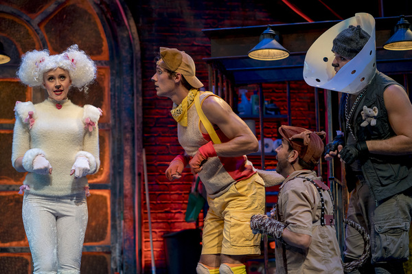 Photo Flash: First Look at Ryan McCartan in MUTT HOUSE at Kirk Douglas Theatre