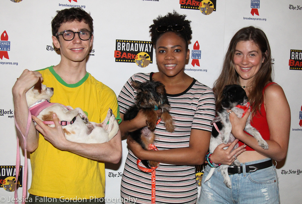Ben Levi Ross, Phoenix Best, and Laura Dreyfuss