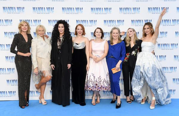 Christine Baranski, Julie Walters, Cher, Jessica Keenan Wynn, Alexa Davies, Meryl Str Photo