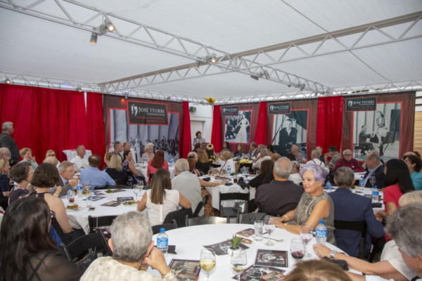 Photo Flash: The Stars Gather Under The Stars For the Great Jose Iturbi at The Hollywood Bowl