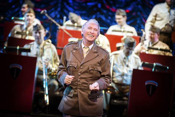 Tommy Steele (Glenn Miller) Photo