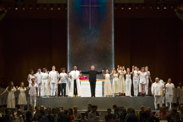 Mostly Mozart Festival Orchestra Music Director Louis Langrée and the orchestra and cast of Lincoln Center's production of Leonard Bernstein's MASS. © Richard Termine