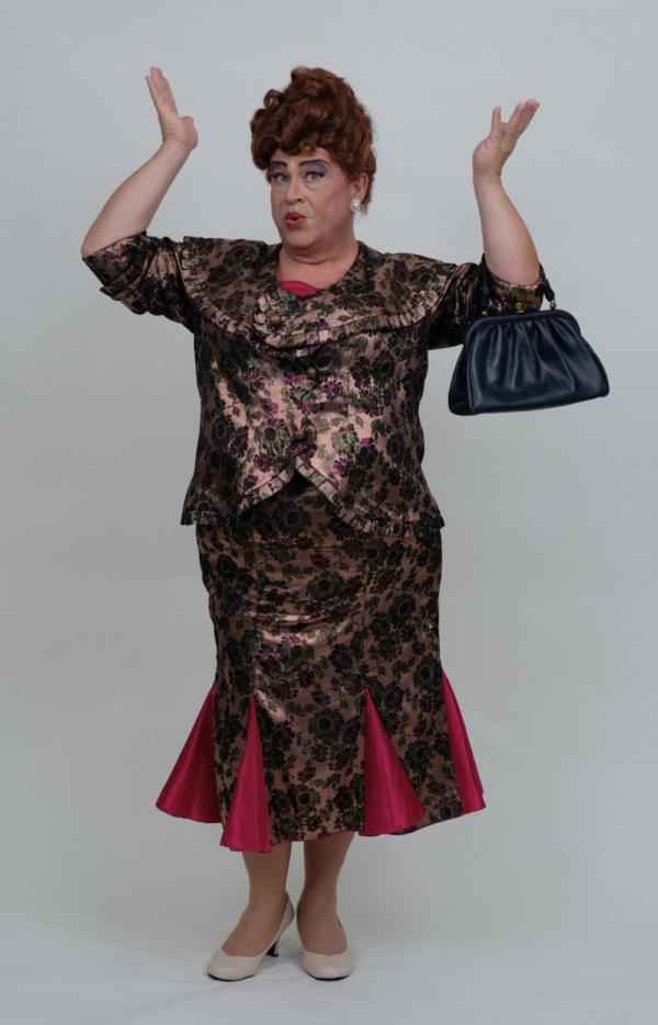 John Massey as Edna Turnblad.
