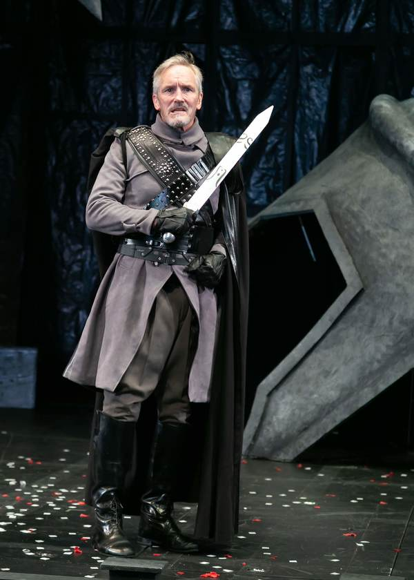 Bruce Cromer as Titus Andronicus. Photo credit: Jerry Dalia. Photo