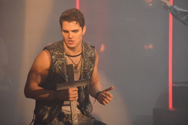 Austin Colby (Matthew)
