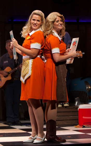 BWW Review: PUMP BOYS AND DINETTES Will Win You Over Hook, Line, and Sinker