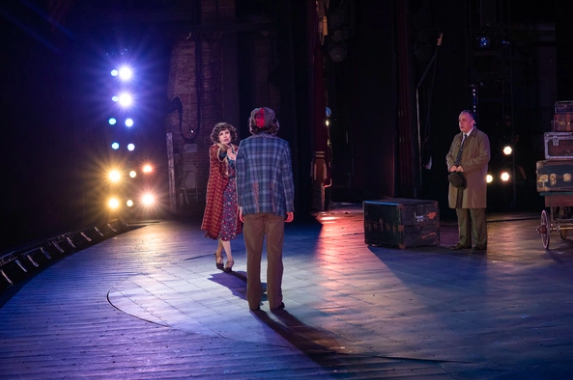 Brief 8/1: Cast Announced For COME FROM AWAY National Tour, and More!