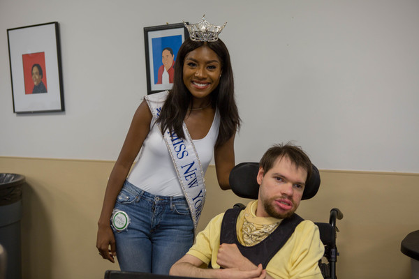 Nia Franklin, Miss New York 2018, Partners With Sing For Hope For A Day Of Music