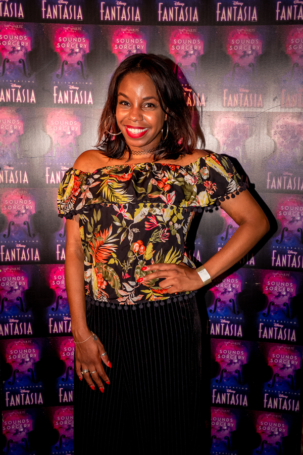 London Hughes Photo