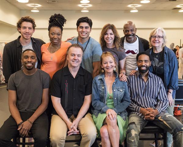 (back row) Will Hochman, Portia, Peter Mendoza, Amy Pietz, John Earl Jelks, director  Photo