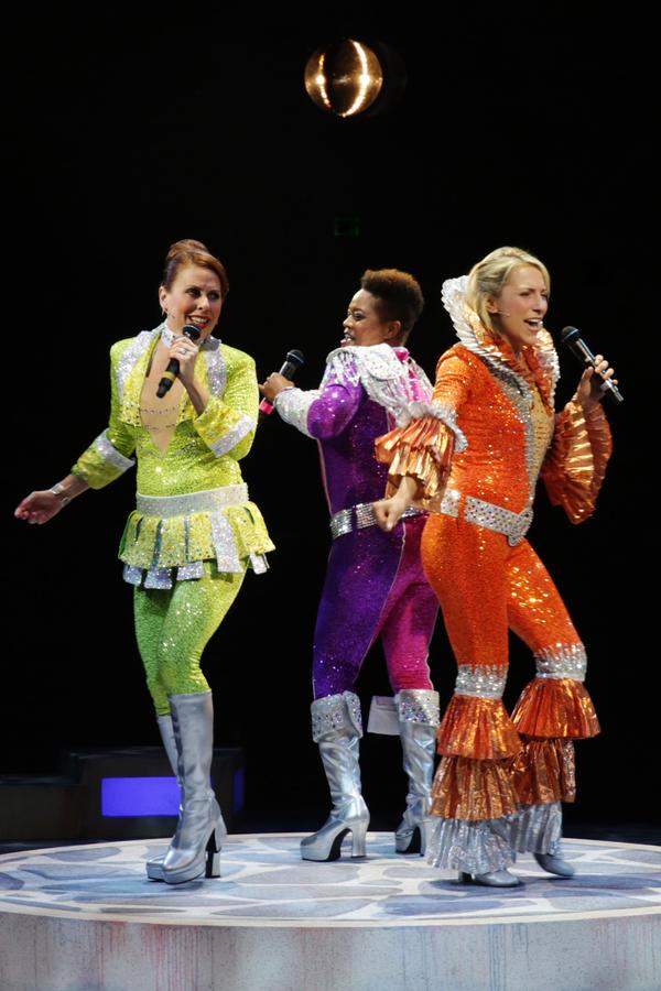 Tiffani Barbour (Rosie), Erica Mansfield (Donna),and Tari Kelly (Tanya) Photo