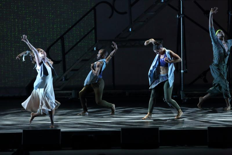 BWW Review: BON IVER & TU ~ MUSIC AND THE MOVES  ~  ENTERTAINING AND EVOLVING ~ COME THROUGH  at The Hollywood Bowl