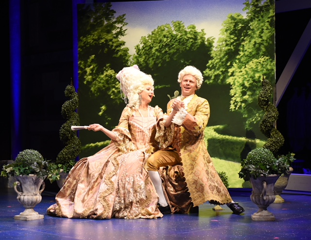 BWW Review: MSMT Brings Glitter of Hollywood's Golden Age to the Pickard Stage