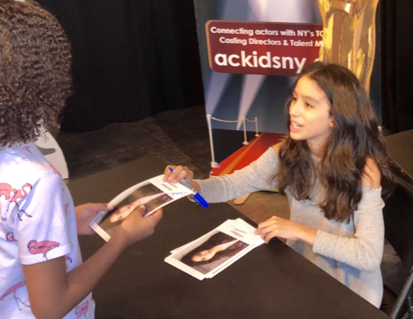 Kids & Teens attending Actors Connection Performing Arts Camp met Madison Lagares for Photo