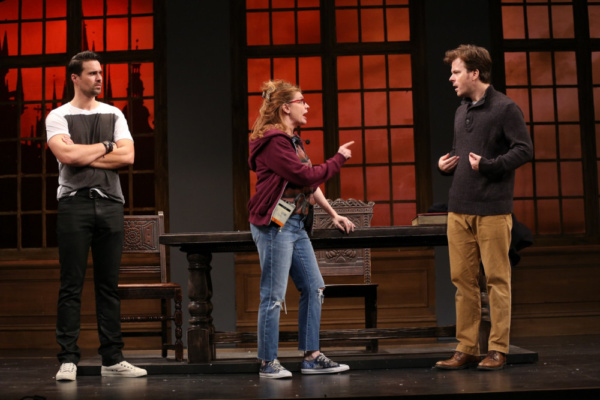 Brett Dalton as Jake, Andrea Syglowski as Roxanne, and Eric Bryant as Harry