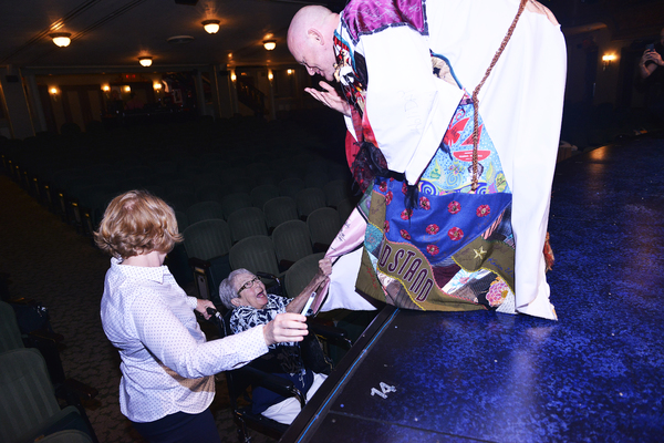 Photo Flash: PRETTY WOMAN Legacy Robe Goes to Matthew Stocke!