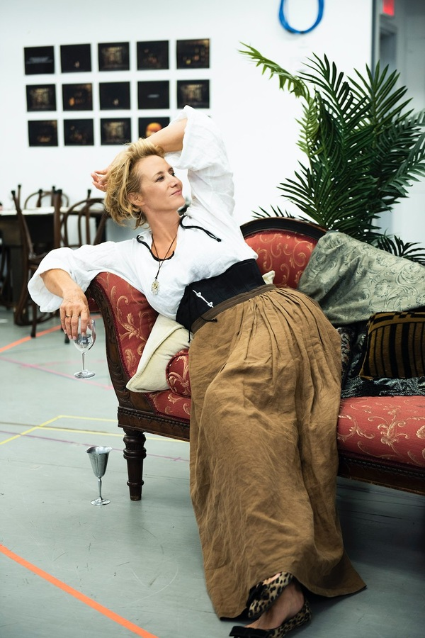 Photo Flash: In Rehearsal with Janet McTeer & Company for BERNHARDT/HAMLET!