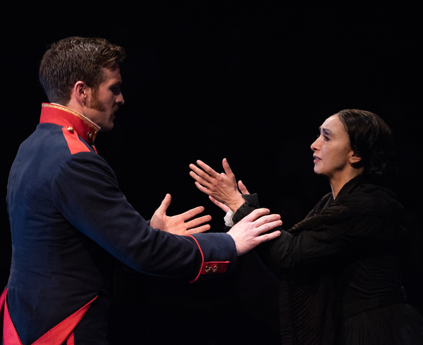 Claybourne Elder (Giorgio) and Natascia Diaz (Fosca) in Passion