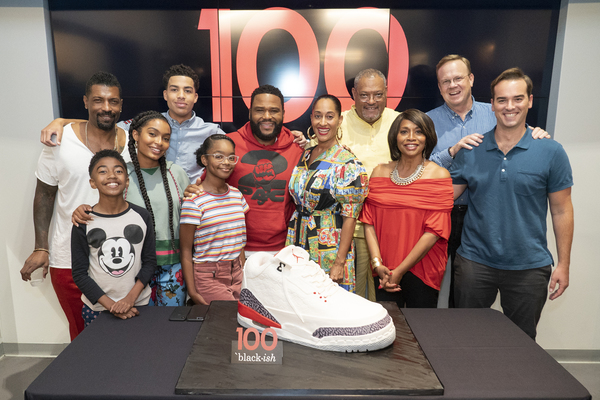 DEON COLE, MILES BROWN, YARA SHAHIDI, MARCUS SCRIBNER, MARSAI MARTIN, ANTHONY ANDERSO Photo