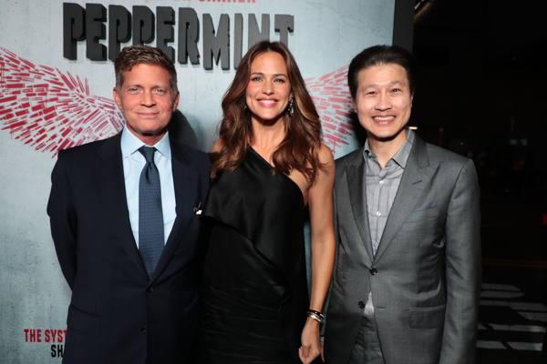 Robert Simonds, Jennifer Garner and Dominic Ng
