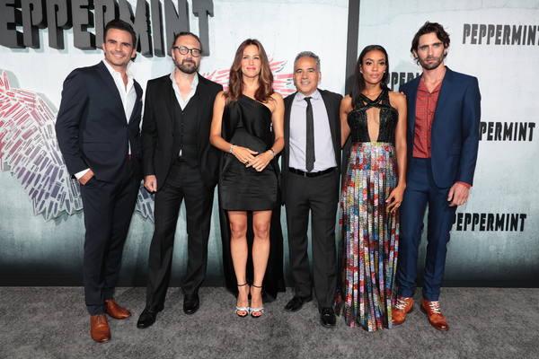 Juan Pablo Raba, Director Pierre Morel, Jennifer Garner, John Ortiz, Annie Ilonzeh and Tyson Ritter