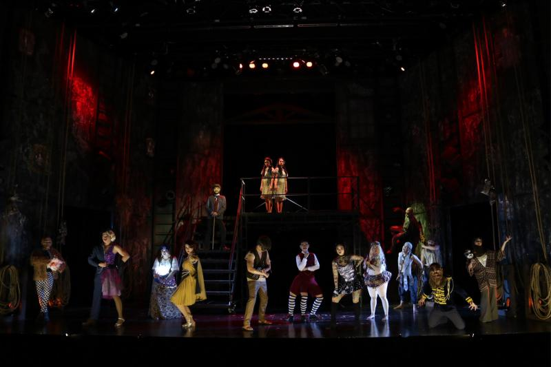 BWW Review: SIDE SHOW Delivers A Spirited Performance Worthy of a Packed Run