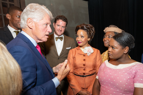 President William Clinton with cast members Peter O'Connor,  Stephanie Umoh, Anita Welch, Shanice Williams