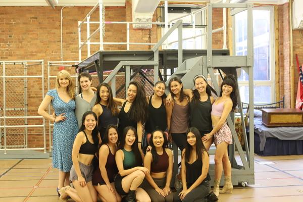 Emily Bautista, Stacie Bono, and the female ensemble