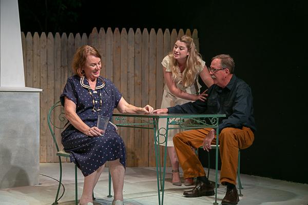 Noel Desiato (Kate Keller), Paige Gray (Ann Deever), Mark Feltch (Joe Keller) Photo