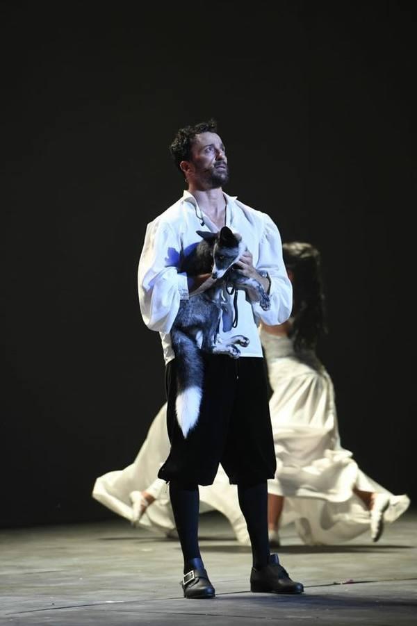Pablo Puyol como protagonista de FRANCISCUS Photo