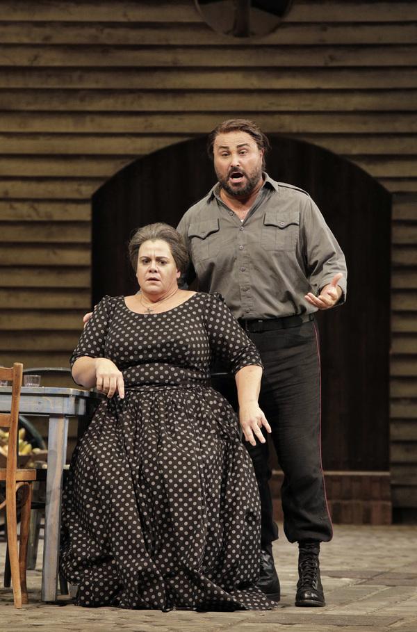 "Jill Grove as Mamma Lucia and Roberto Aronica as Turiddu in Mascagni's ""Cavalleria Rusticana."""