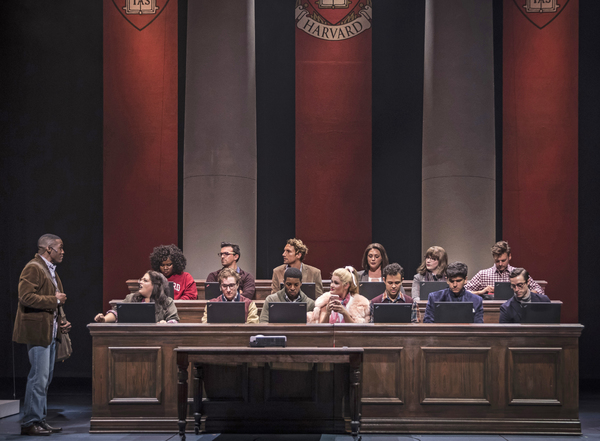 Photo Flash: First Look at Paramount Theatre's LEGALLY BLONDE