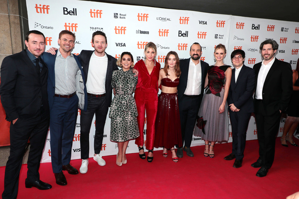 Chris Coy, Tommy Dewey, Mark O'Brien, Molly Ephraim, Ari Graynor, Kaitlyn Dever, Stev Photo